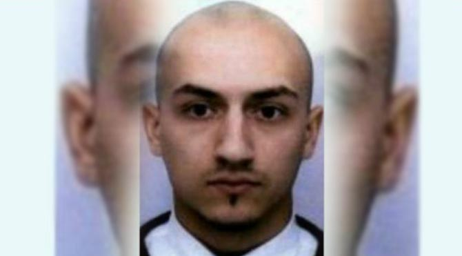 Paris saldırganlarından biri gizlice gömüldü