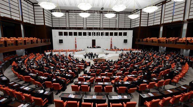 12 bin 500 öğretmenin gözü Meclis'te