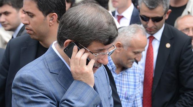 Başbakan Davutoğlu'ndan İbadi'ye telefon