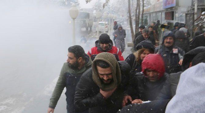 Diyarbakır'da polise bombalı saldırı: 3 yaralı