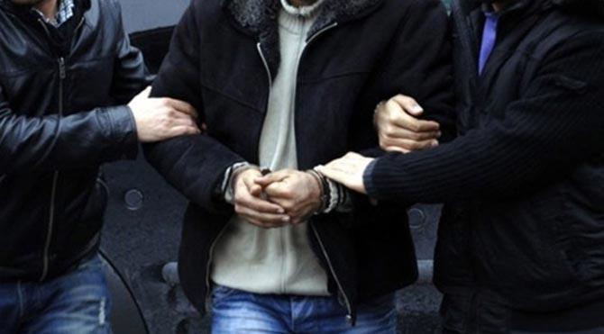 İki polis müdürüne yurtdışı yasağı
