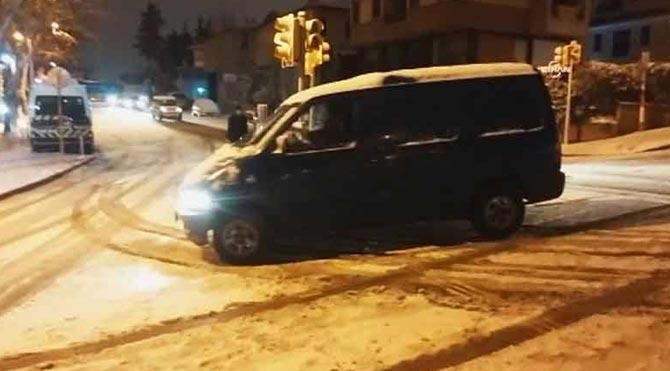Üsküdar'da trafik altüst oldu