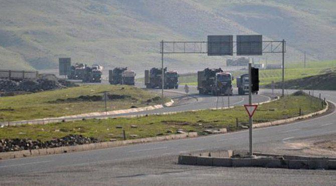 Sınıra askeri sevkiyat! Tank ve zırhlı araçlar konuşlandı...