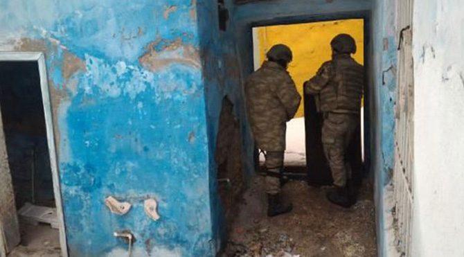 Sur`da çatışma: 1`i ağır 4 asker ile 1 DSİ çalışanı yaralandı