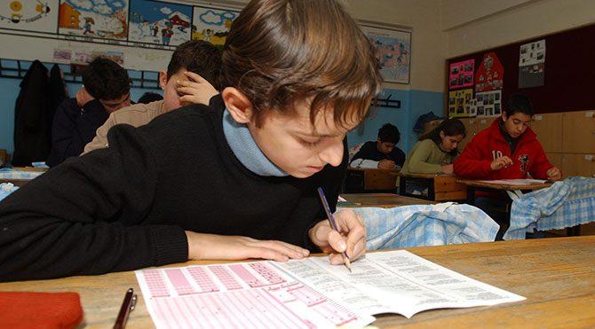 Eğitim sistemi S.O.S. veriyor!