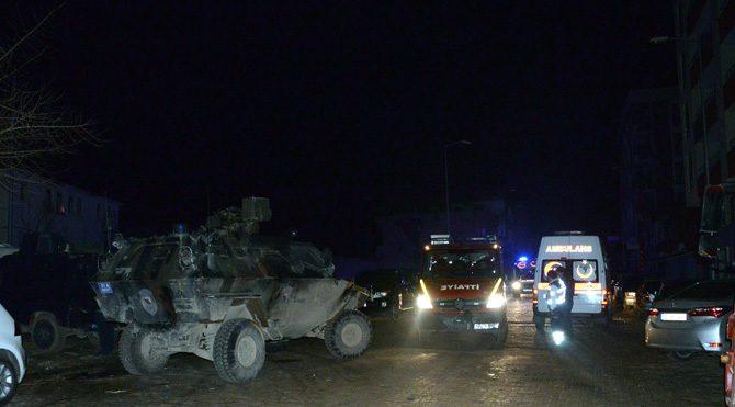 Diyarbakır'da emniyet müdürlüğüne hain saldırı!