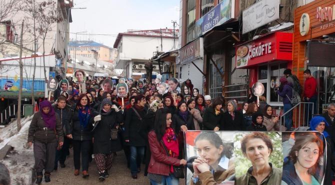 Paris`te 3 yıl önce öldürülen Sakine Cansız, Tunceli`de anıldı