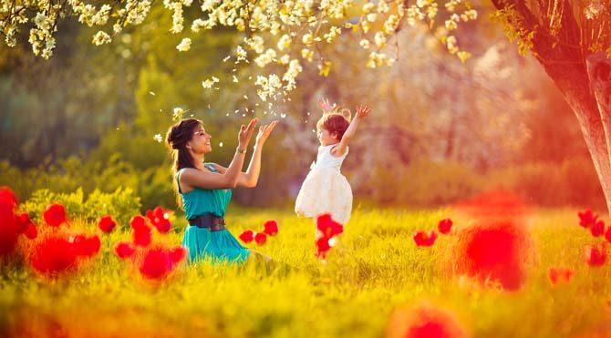 Ay Yengeç'teyken annelik etmek, sevdiklerimize bakmak, beslemek ve çocuklarla ilgilenmek gibi konulara ilgimiz artar. Aileyle ve yakın çevremizle bir arada olmak isteriz. Duygularımız ve sezgilerimiz güçlenir.