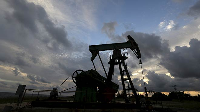 Petrol dünya borsalarını vurdu