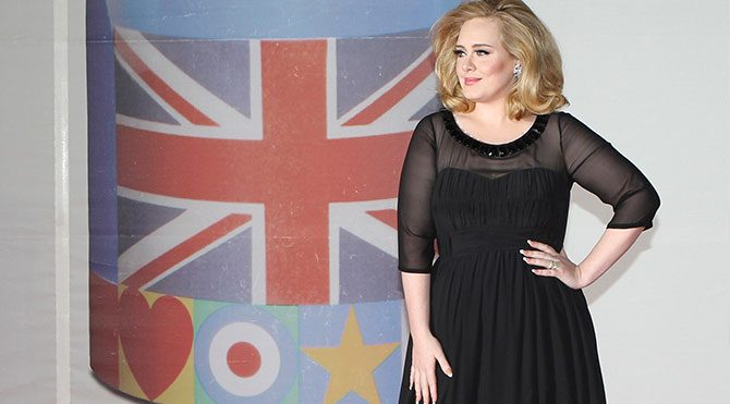 Adele'den bir rekor daha