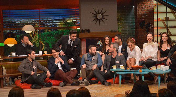 Foto: Ekran görüntüsü - Beyaz Show en kalabalık konuklu şovunu yaptı