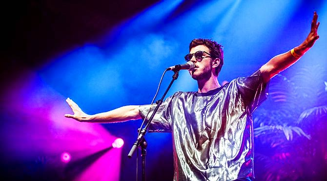 Oscar and the Wolf ilk kez Babylon'da