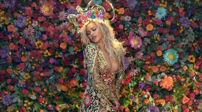 Beyonce'den çarpıcı Hint stili