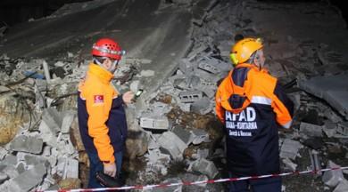 Gaziantep'te 3 katlı bina çöktü!