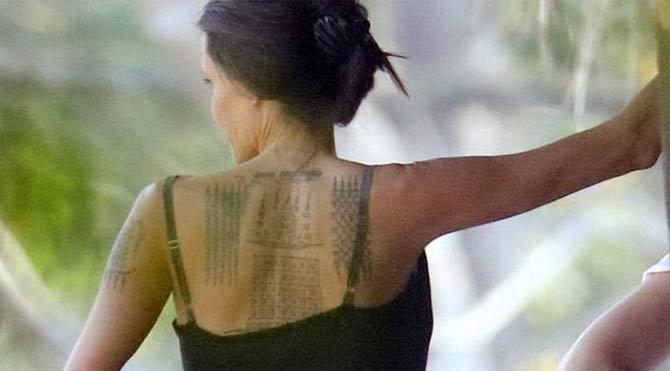 Angelina Jolie, dövmelerine yenisini ekledi!