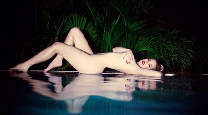 Khole Kardashian kendisini Marilyn Monroe ile kıyasladı