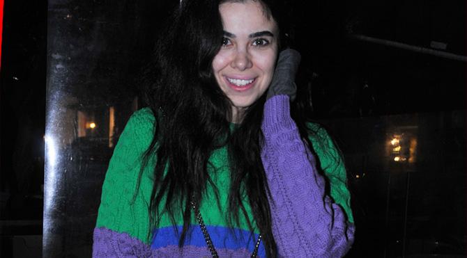 Asena Atalay engelli noktasına park etmesinin nedenini açıkladı