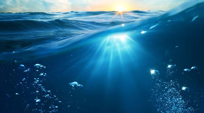 Su elementi ise; Duyarlı, hassas, sezgisel, fedakar, romantik, hayalci, çabuk adapte ve uyum, yardımsever, duygusal, yaratıcı, etkiye açık olma.