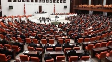 Meclis'te damat kavgası!