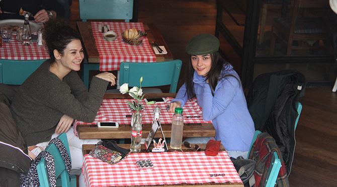 Foto: Tarkan ABDULLAHOĞLU - Ekin Türkmen ve Hande Soral birlikte görüntülendi