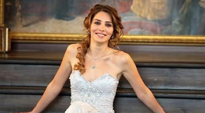 Nur Fettahoğlu kızının fotoğrafını ilk kez paylaştı