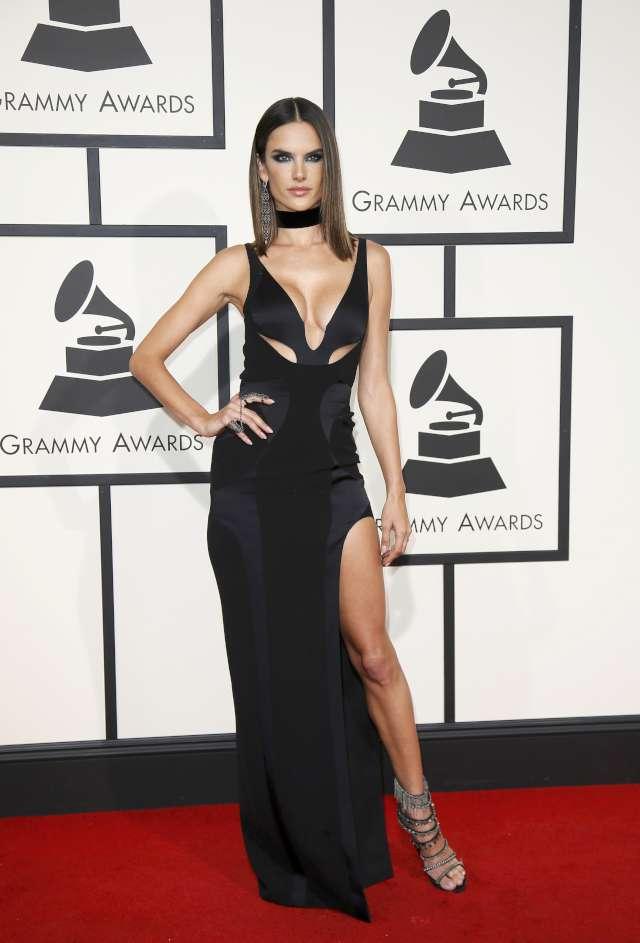 Alessandra Ambrosio Grammy Ödülleri 2016 Foto: Reuters