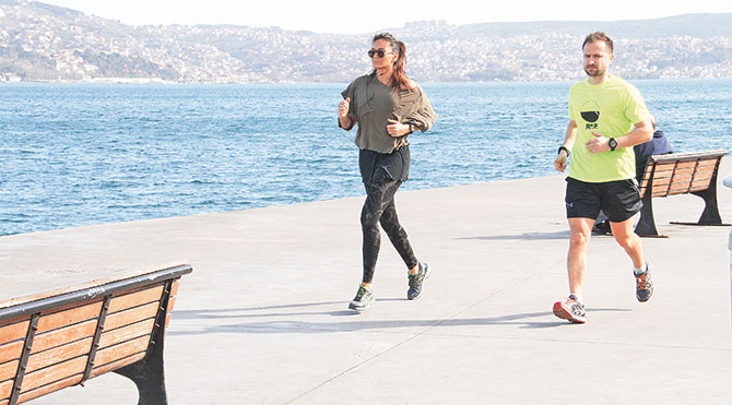 24 kilometre koştu