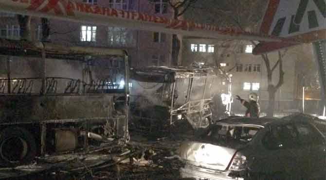 Ankara'daki hain saldırı gazete manşetlerinde