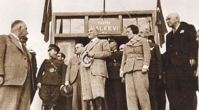 Eğitimci-yazar Kafkas: Halkevleri Cumhuriyet'in aydınlık yüzüydü