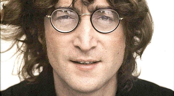 John Lennon'un saçı 103 bin liraya satıldı