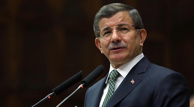 Davutoğlu'ndan HDP milletvekilinin terörist taziyesine katılmasına tepki