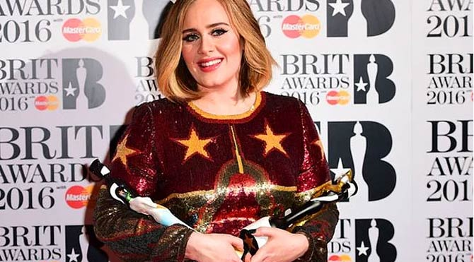 Adele, Brit Ödülleri'ne damgasını vurdu