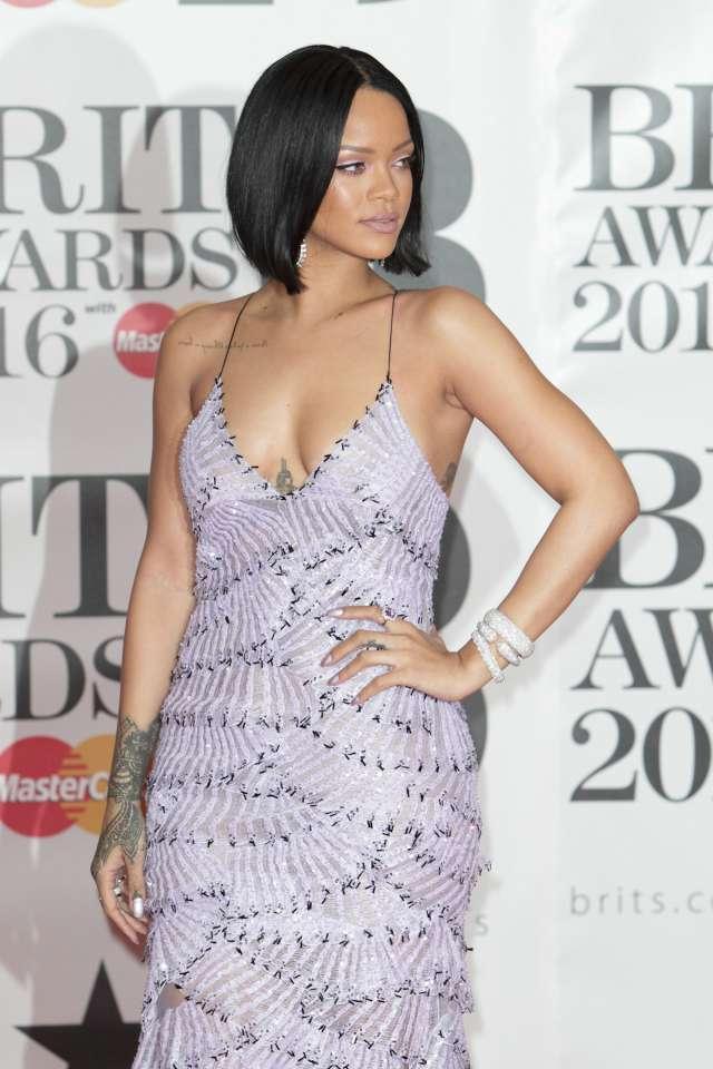 Rihanna Fame Flynet