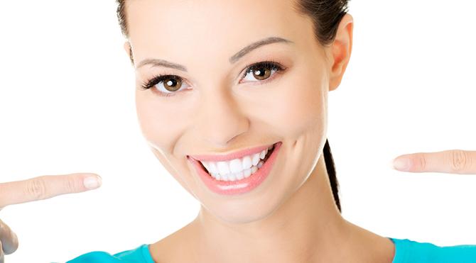 Dişleri alüminyum folyo ile kaplayınca…