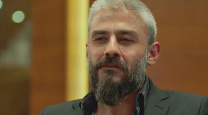 Poyraz Karayel dizisinin Sefer karakterinin ayrılışına yapımcıdan açıklama geldi