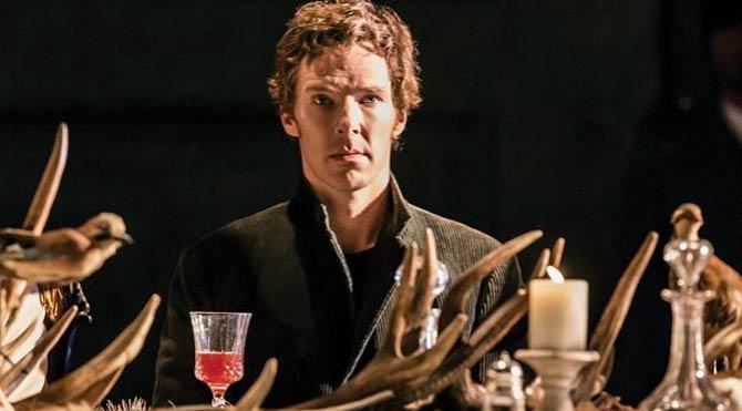 Hamlet, salon perdesinde gösterimini sürdürüyor