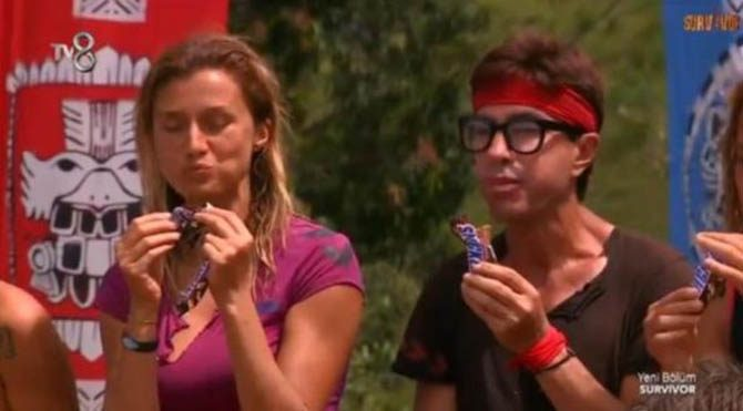 Plastik olduğu iddia edilen çikolatada Acun atağı!