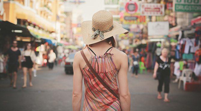 Turist gibi davranmayın!