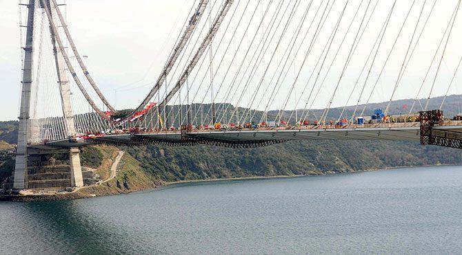 3. boğaz köprüsünde iki yaka birleşti