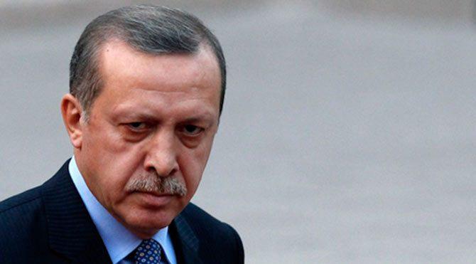Erdoğan baltayı taşa vurdu