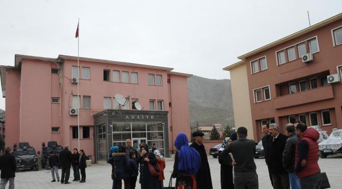 Hakkari Belediye Eş Başkanlarına 15'er yıl hapis