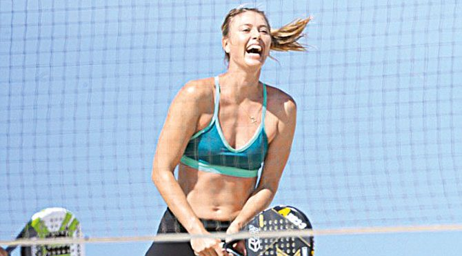 Stresini plaj tenisiyle atıyor