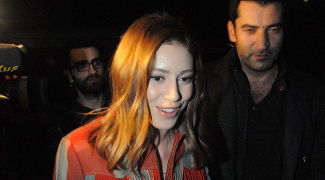Kenan İmirzalıoğlu ve Sinem Kobal gazetecilere konuşmadı