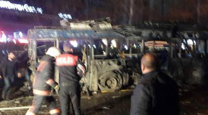 Ankara'da patlamadan ilk görüntüler!