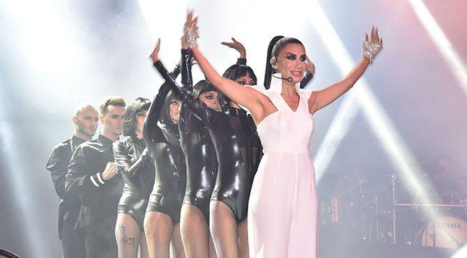 İrem Derici'nin Bostancı konseri heyecanı