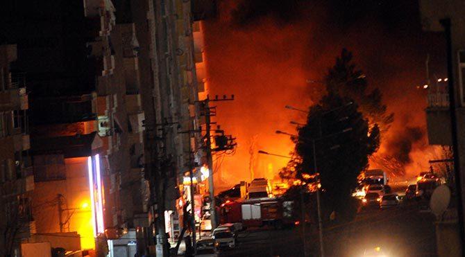 Diyarbakır'da yoğun çatışma çıktı!