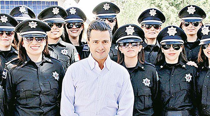 Polisin imajını düzeltmek için kurulan timin polisin imajına zarar verdiği iddia edilerek kadın memurlar ayrı birimlere tayin edildi ve normal üniforma giydirildi.