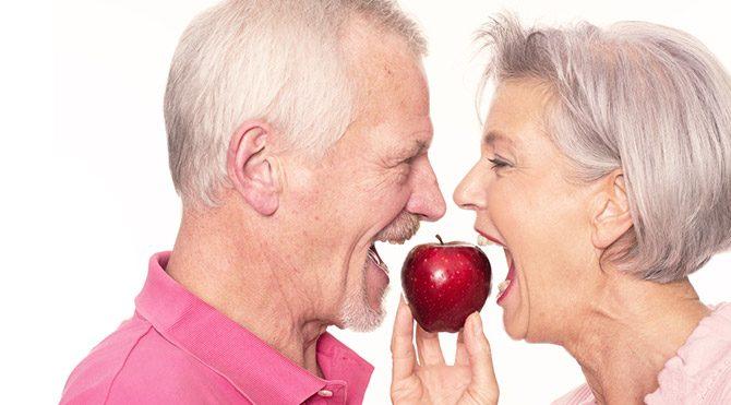 Yaşlılıkta tüketilmesi gereken 4 besin grubu