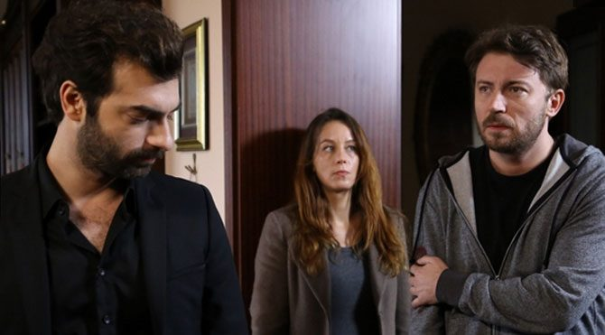 Ünlü oyuncu Tolga Güleç'e avukata hakaretten para cezası