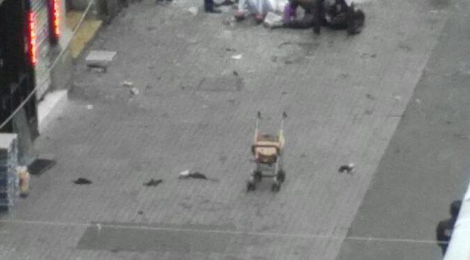 Taksim'de patlamadan acı kare